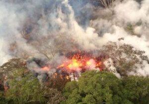 hawaii-volcano-eruption-gty-mem-180517_hpMain_4x3_992