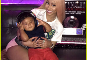 nicki-minaj-enjoys-aunty-time-with-dj-khaled-son